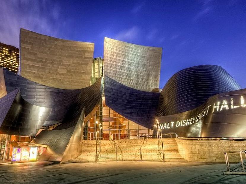 Los Angeles où les parcs formidables se développent : vous devez les visiter !