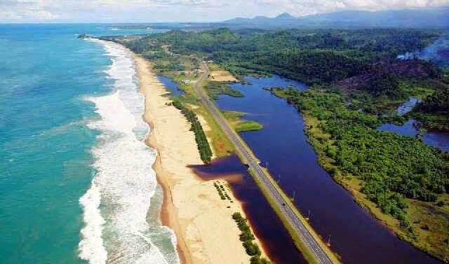Aceh - Une province en Indonésie qui a été attaquée par le Tsunami se brille toujours